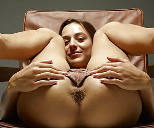 Related gallery: huge-cunts-big-lips (click to enlarge)