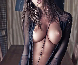 Related gallery: perfect-tits (click to enlarge)