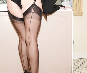 Related gallery: seams-from-the-rear (click to enlarge)